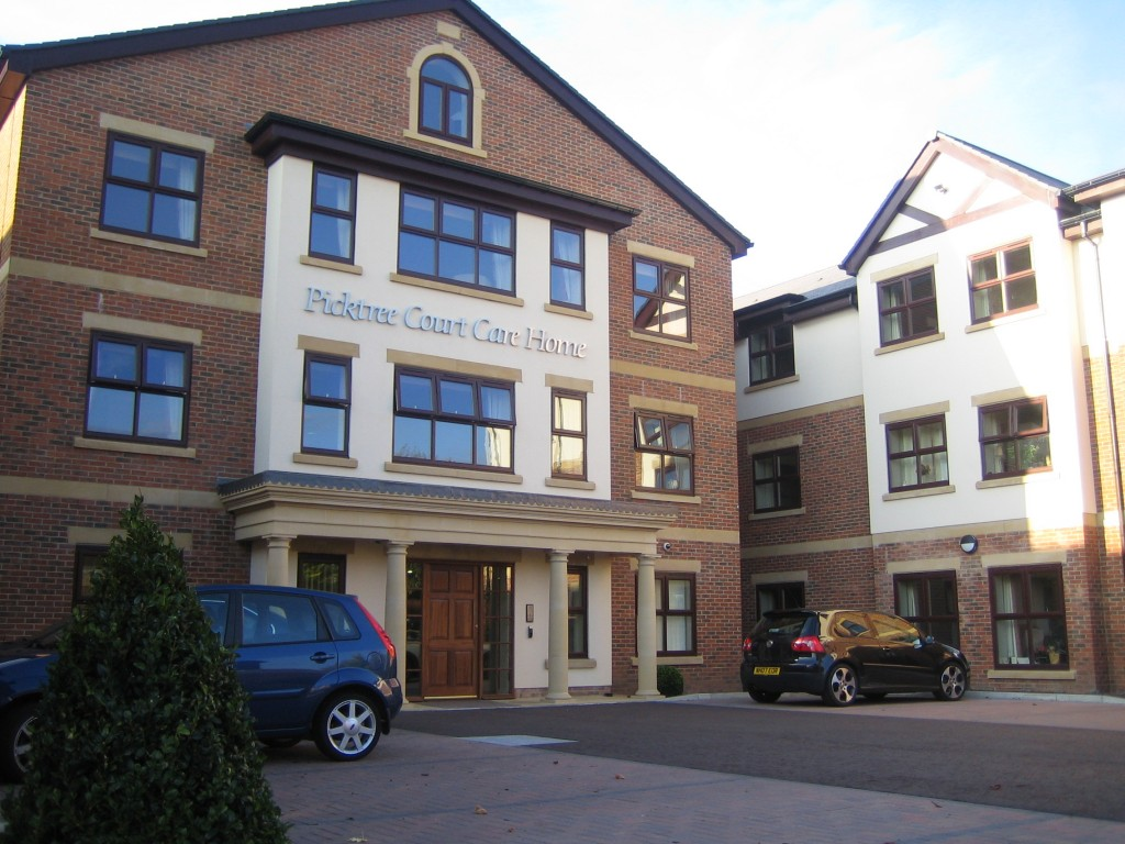 Front Entrance Picktree Court